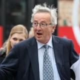 Jean-Claude Juncker, az Európai Bizottság elnöke lediktátorozta Orbán Viktort