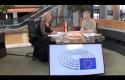 Egyre ördögibb EU tervek bevándorlás ügyben… – Morvai és Gaudi strasbourgi beszélgetése a migrációról és a székelyföldi nemzeti jogvédő körútról