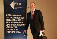 Moszkvában tárgyal Trump külpolitikai tanácsadója
