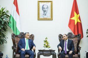 Orbán Viktor és Nguyen Xuan Phuc Hanoiban Fotó: Miniszterelnöki Sajtóiroda / Szecsődi Balázs
