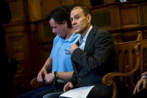 Tarsoly Csaba vádlott a tárgyalóteremben az ellene és társai ellen indított büntetőper tárgyalásán a Fővárosi Törvényszéken 2016. október 13-án.Fotó: Marjai János/MTI