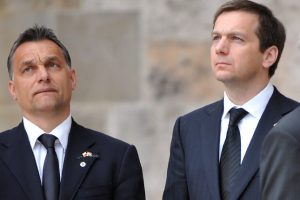 Hová lett Orbán Viktor, akit felspannolt a kard ki kard?