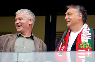 Tovább trükközik Orbán